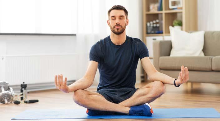 ejercicios de yoga para hombres